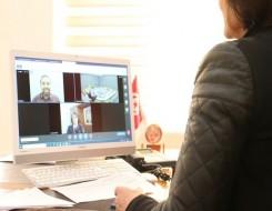 """صوت الإمارات - فتاة مصرية بمنصب وزيرة الهجرة لمدة 24 ساعة ضمن مبادرة """"فتيات في أدوار قيادية"""""""
