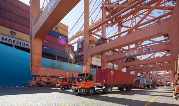 صوت الإمارات - البنك الدولي يتوقع  2.7% نمو اقتصاد الإمارات 2021 و4.6% العام المقبل