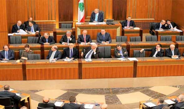 صوت الإمارات - نبيه بري يؤكد أنه لم يعد ينفع إلا الدعاء بشأن تشكيل الحكومة اللبنانية