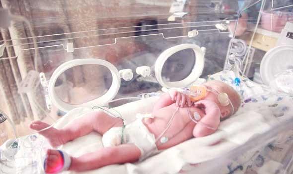 فتاة إسبانية تطالب بـ 3 ملايين يورو تعويضا عن خطأ دار الولادة