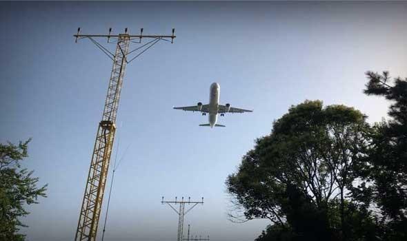 """صوت الإمارات - طيارون أفغان يبدأون مغادرة أوزبكستان إلى الإمارات رغم ضغوط """"طالبان"""""""