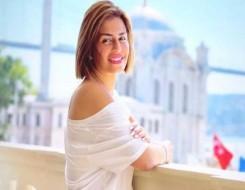 صوت الإمارات - إطلالة جذابة لـ منة فضالي بفستان أسود