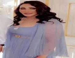 صوت الإمارات - الفنانة أحلام بإطلالة جميلة وأنثوية بفستان باللون الأزرق