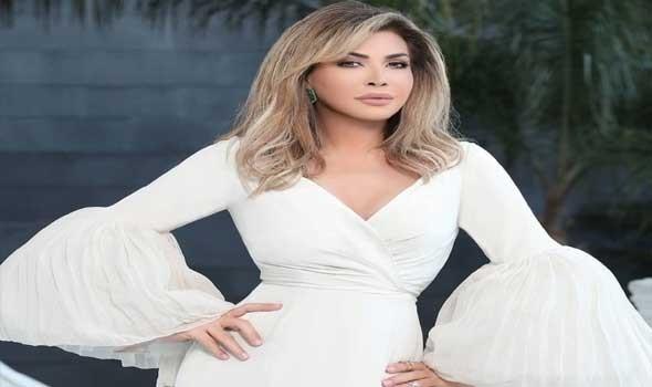 صوت الإمارات - إطلالات راقية للفنانة نوال الزغبي باللون الأبيض